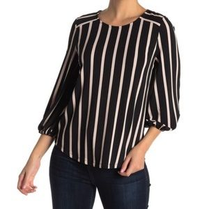 NWOT Adrianna Papell 3/4 sleeve striped blouse.